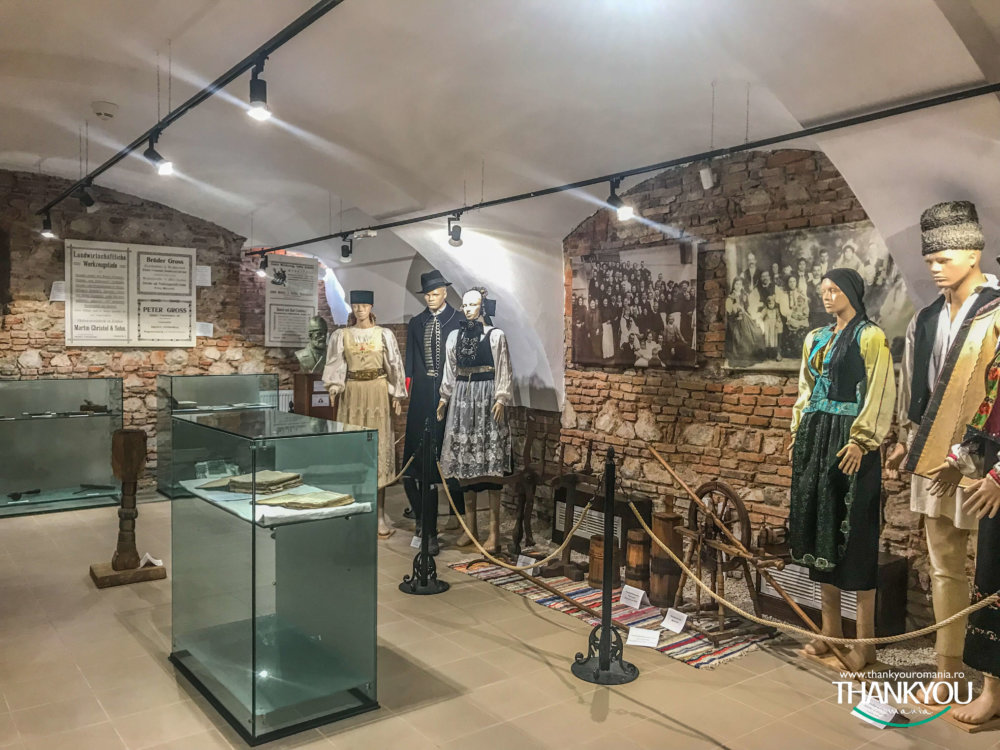 muzeul-traditiilor-codlene