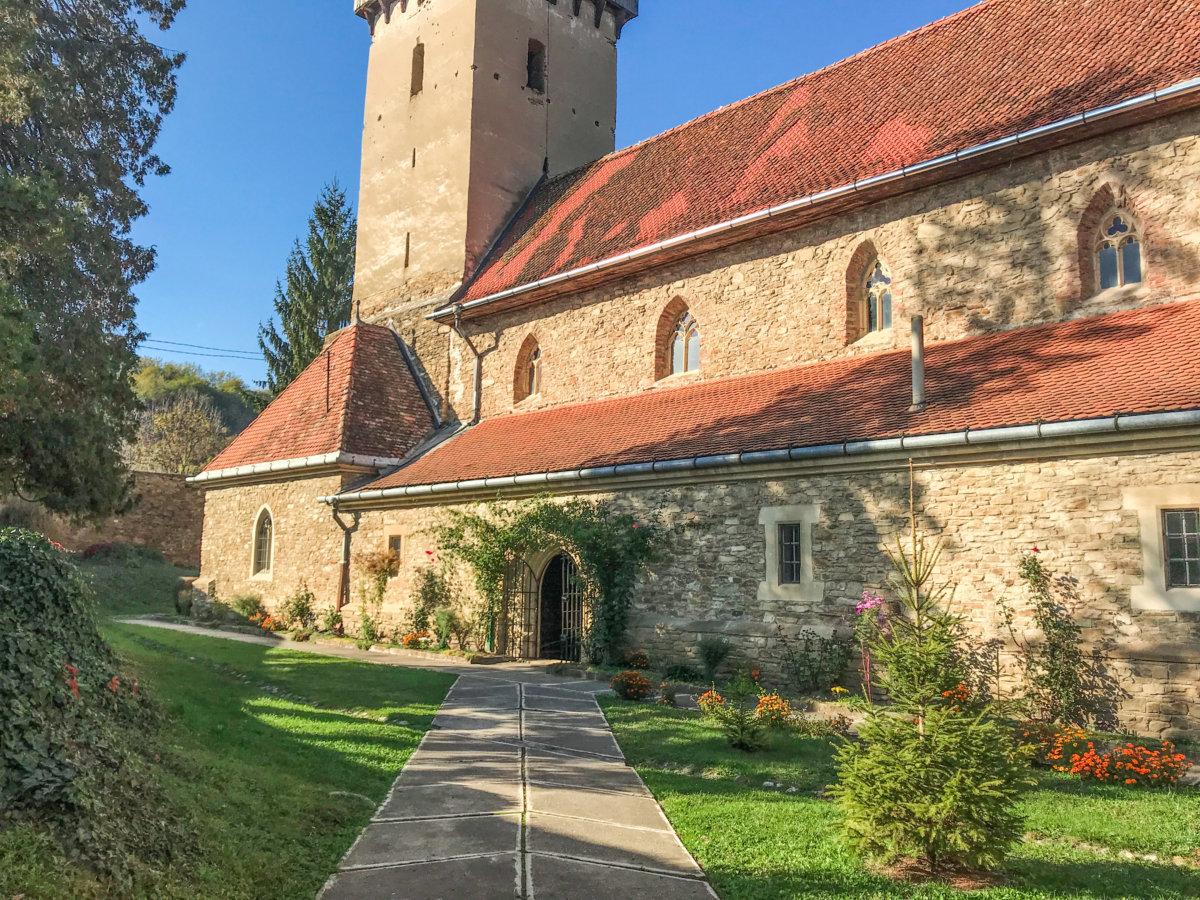 Biserica Fortificată Mălăncrav