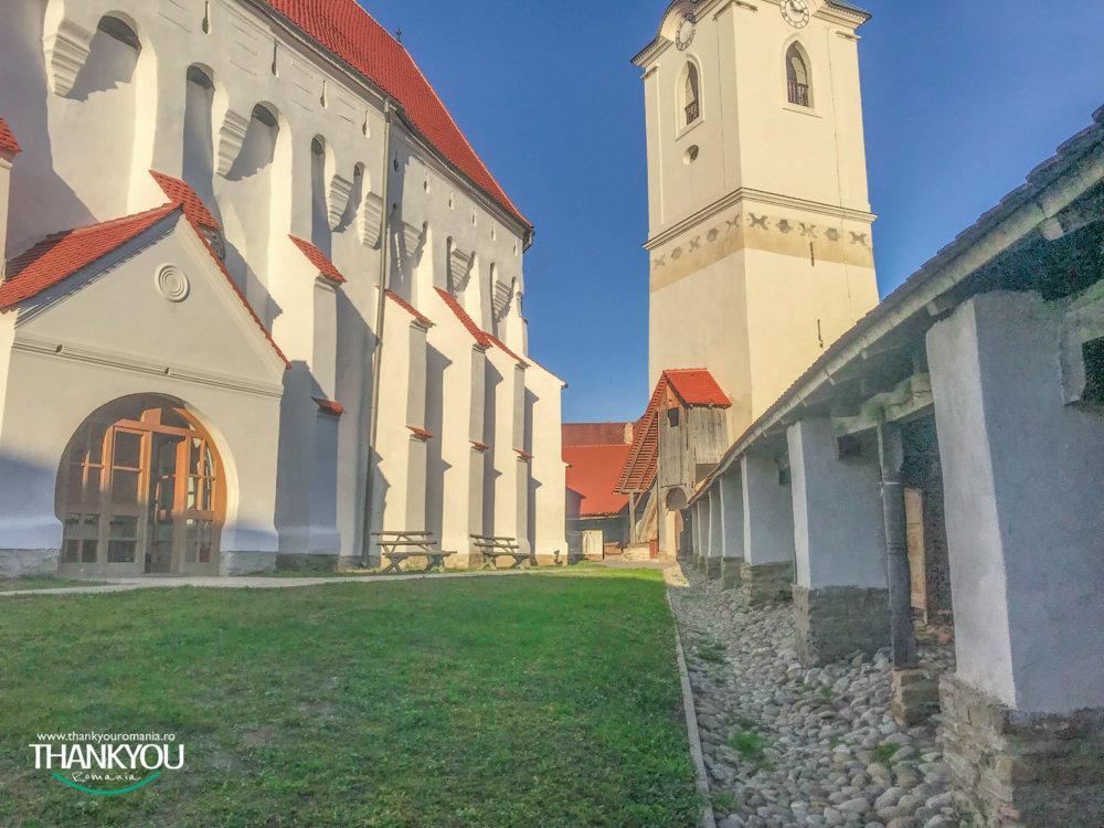 biserica-fortificata-darjiu