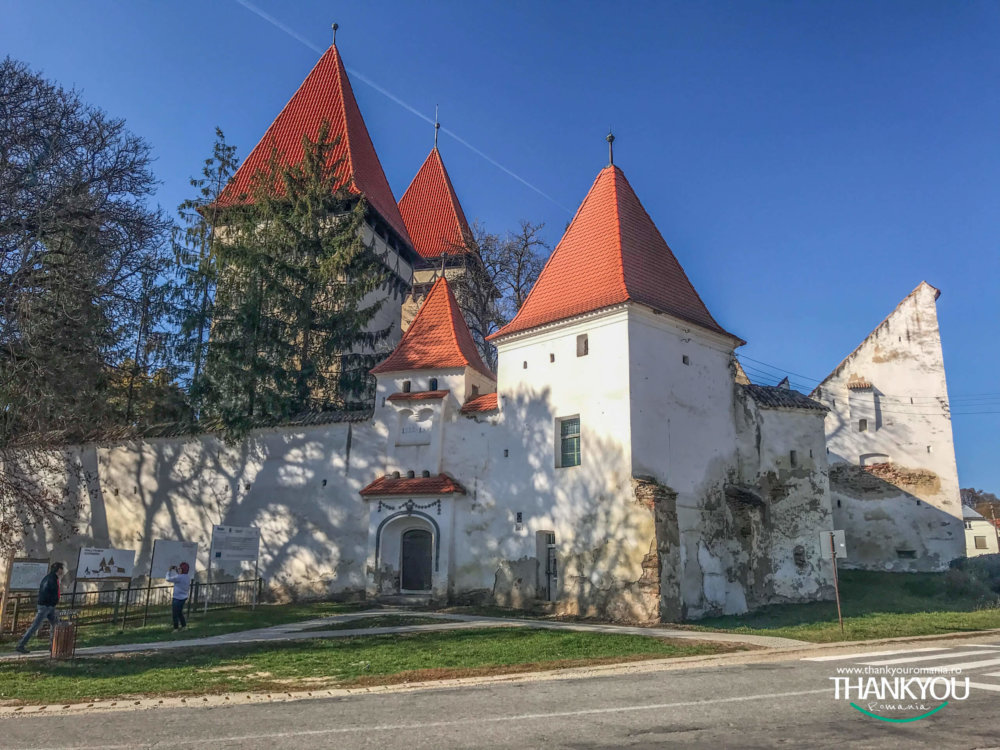 biserica-fortificata-dealu-frumos