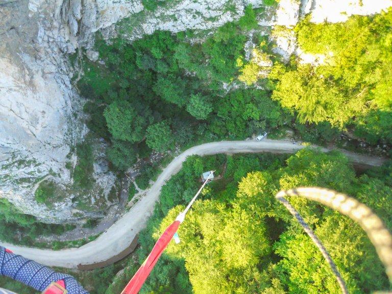 bungee-jumping-140m-cheile-gradistei-jump-adventure